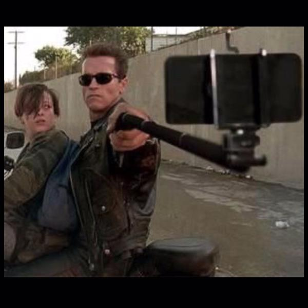 iPhone selfie stick